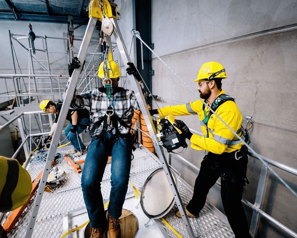 RIIWHS202D ENTER AND WORK IN CONFINED SPACES (3DAY COURSE)